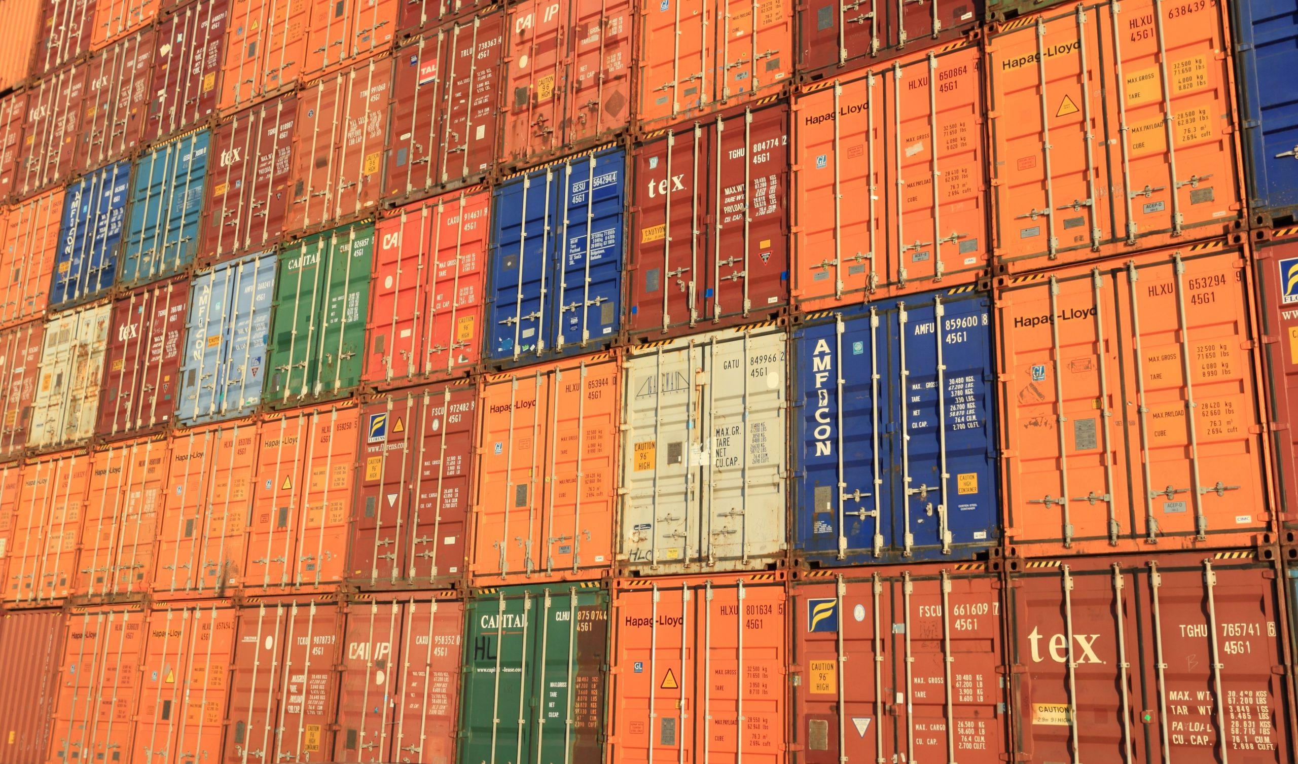 Soluções de vigilância e rastreamento integrados em porto dos EUA
